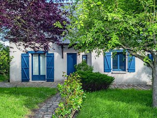 House with 5 rooms in Courtils, with enclosed garden and WiFi