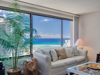 MONTHLY Discovery Bay 2409 1 Bedroom Ocean / Sunset / Marina / City Views 1 Quee
