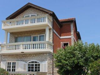 Guberina Apartments