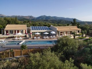 Luxury Villa Aphrodite