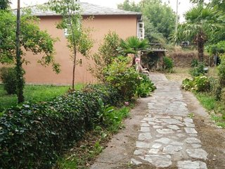 House with 4 rooms in Baralla with furnished garden