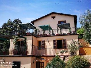 TENUTA DEGLI OBIZZI appartamento ANNAMAGDA con giardino privato e barbecue