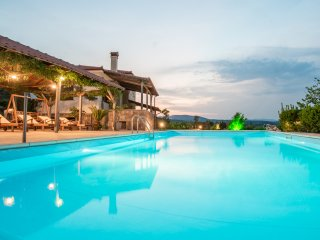 Bouganvillia Home - Agios Pool