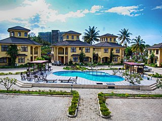Spacious coastal villa with pool