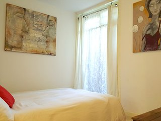 Groundfloor studio 3 /4 sleeps 2 KM from Anne Frank & 3 KM fr.Dam& Museum Square