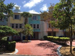 Licensed 3/3.5 Villa - Key Largo's Most Upscale Oceanfront Resort - Fast WiFi!