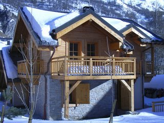 Chalet with 4 rooms in VALLOIRE, with wonderful mountain view, terrace and WiFi