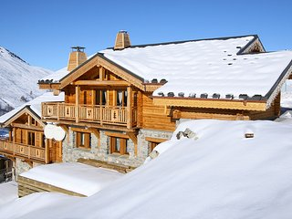 Chalet with 5 rooms in Les 2 Alpes, with wonderful mountain view and WiFi