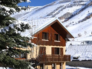 Chalet with 6 rooms in Les 2 Alpes, with WiFi