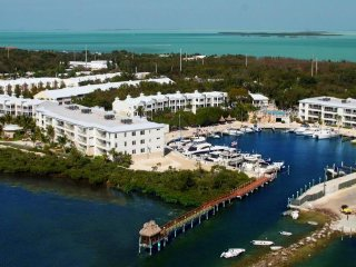 Licensed 2/1.5 Suite - Key Largo's Most Upscale Oceanfront Resort - Fast WiFi!