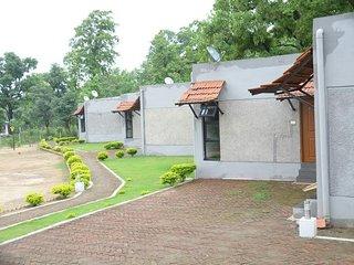 Kanha Kiskindha Room 1