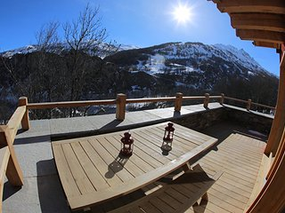 Chalet with 5 rooms in Valloire, with terrace and WiFi