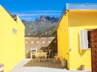 Studio in Cilaos, with enclosed garden