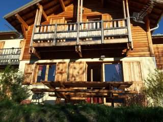 Chalet in Risoul w/ mountain view