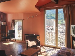 Cosy apartment in Entrevaux w/views