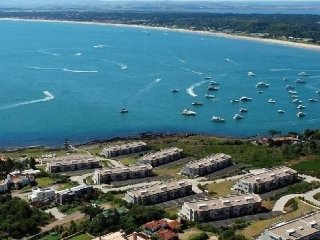 Apartamento en Punta del Este, frente al Mar. Alto Nivel con Excelentes Precios.