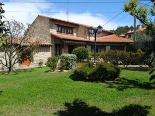 House with 4 bedrooms in Estavillo Alava, with a lovely enclosed garden