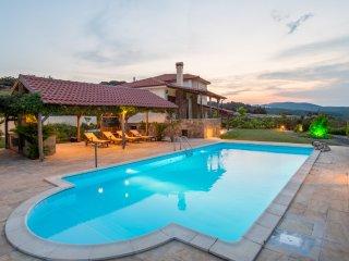 Bouganvillia Villa - Agios Pool2