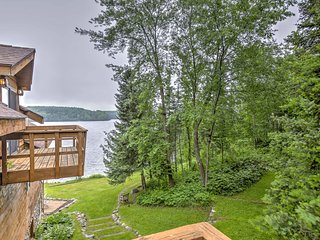 Iron River House on Lake Chicagoan w/ Sauna & Deck