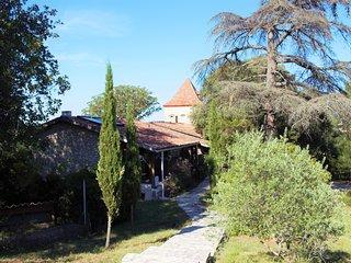 Vacances-Gites de charme-Piscine / Jacuzzi