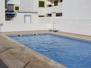 Casa do Vôvô V3- 450 m da praia Manta Rota (Faro Algarve)