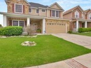 Sweet corner Home w/ pool/ HotTubminutes from Seaworld, LAFB, downtown SA!!