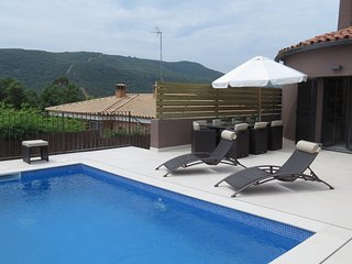 VILLA MAS PERE, FANTASTIC HOUSE FOR 11 PEOPLE WITH PRIVATE POOL