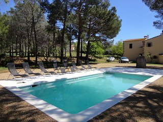VILLA SURO, MASIA FOR 14 PEOPLE WITH PRIVATE POOL