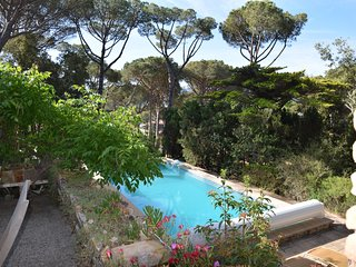 VILLA BELL LLOC LOCATED IN A QUIET PLACE