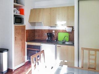 Sunny flat near Sainte-Maxime beach