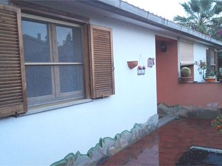 Apartment with 2 rooms in quartu sant'elena, with enclosed garden and wifi