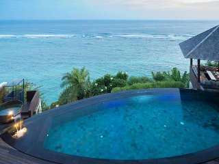 4 Bedroom Villa South Bali with epic Cliffside views