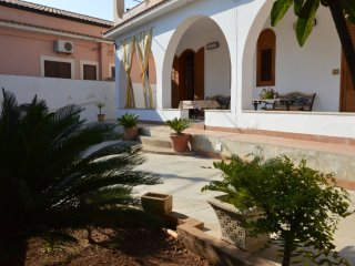 Apartment - 120 m from the beach