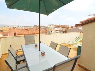 TRIPLEX PRIMERA LINEA 4 HABITACIONES 3 BAÑOS 8 PAX apartamento alegría