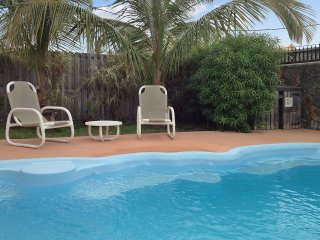 In mauritius, modern getaway w/ pool & jacuzzi, close to the sea