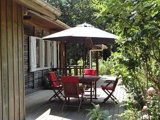Idyllic house on the lake w garden