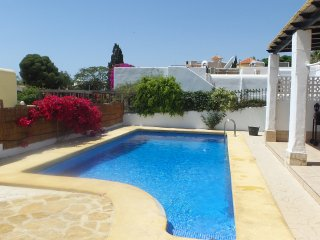 Casa Sevilla detached one level villa with private pool close to the beach