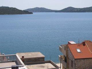 Beautiful apt with sea view & Wifi
