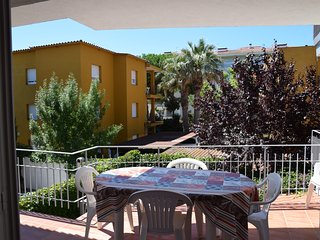 APARTMENT MESTRAL located 400 meters from the beach