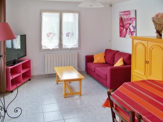 Lovely house in Aubevoye, Normandy, near a lake with 2 bedrooms perfect for 5
