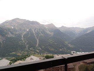 Beautiful studio with mountain view