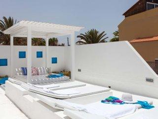 Villa Neptuno with private pool