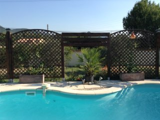 Villa with 3 bedrooms in Roaix, with private pool, enclosed garden and WiFi