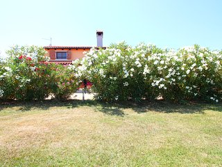 Villa Valmoneda, peacefull & quiet - 5000m2 fenced garden