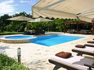 Villa 5187, Casa de Campo - Ideal for Couples and Families, Beautiful Pool and