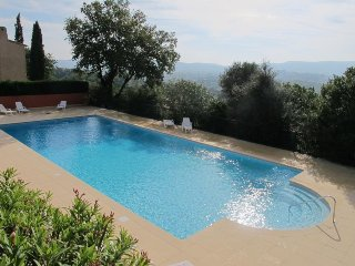 Villa with South Terrace, Pool and Stunning Views