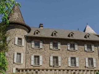 Chateau Ol Puech Chambre d'hôtes dans le Cantal Auvergne.