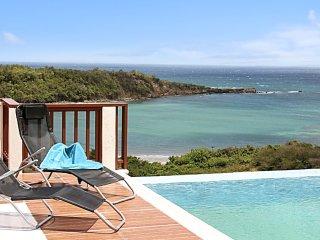 Luxury villa w pool, panoramic view