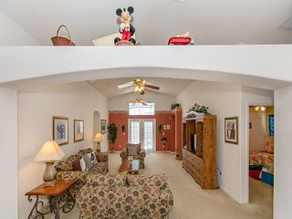 Nana and Papa's Magical Villa - Great Location - Near Disney and Universal!!