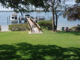 Very Rare! Adorable Cottage on Snead Island, Boat Dock & Beach 250 ft.